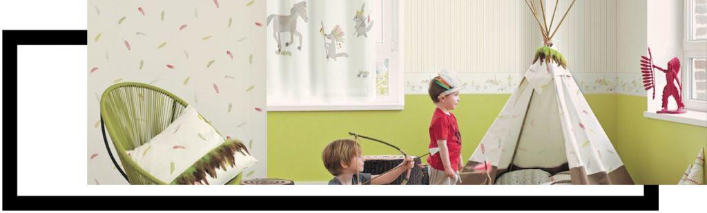 d6db3cf3690 Οι ταπετσαρίες τοίχου δίνουν μια παραμυθένια αίσθηση στο παιδικό δωμάτιο  καθώς μπορεί να συνδυάζει με αρμονικό τρόπο ζεστά χρώματα και παραστάσεις  με ...